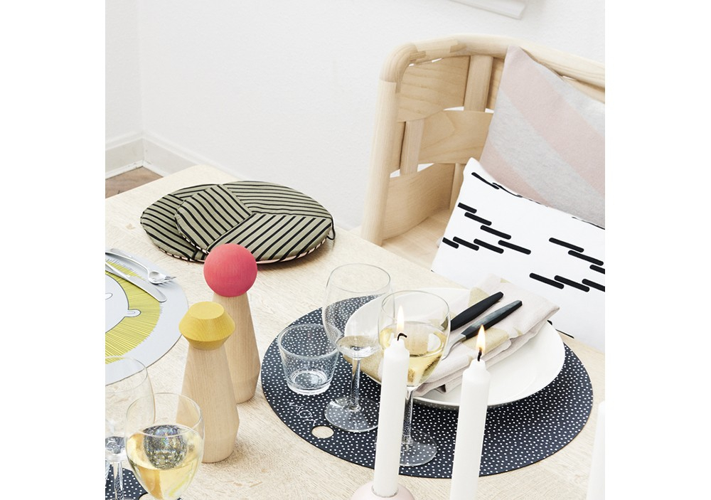 Lot de deux Sets de table ronds Dark grey - OYOY