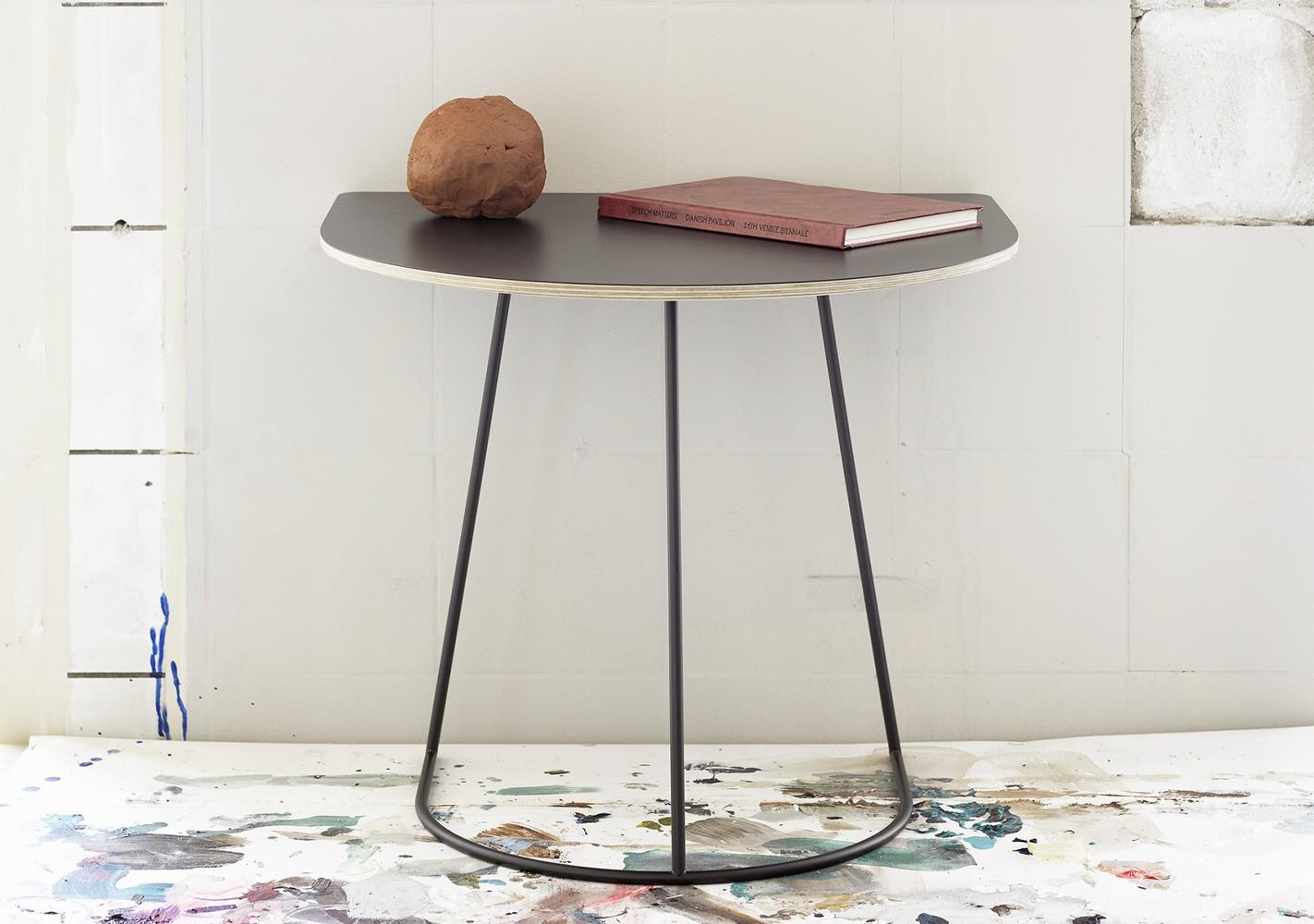Table Airy Half size - MUUTO