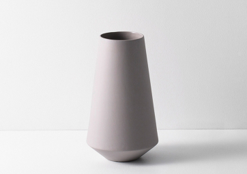 Vase Well gris - FERM LIVING