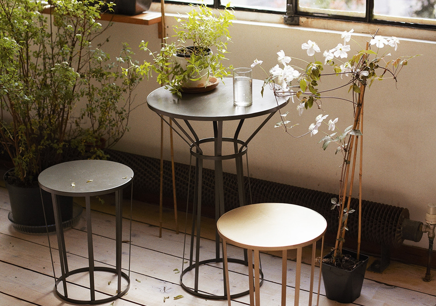 Table bistrot outdoor Hollo Noir - PETITE FRITURE