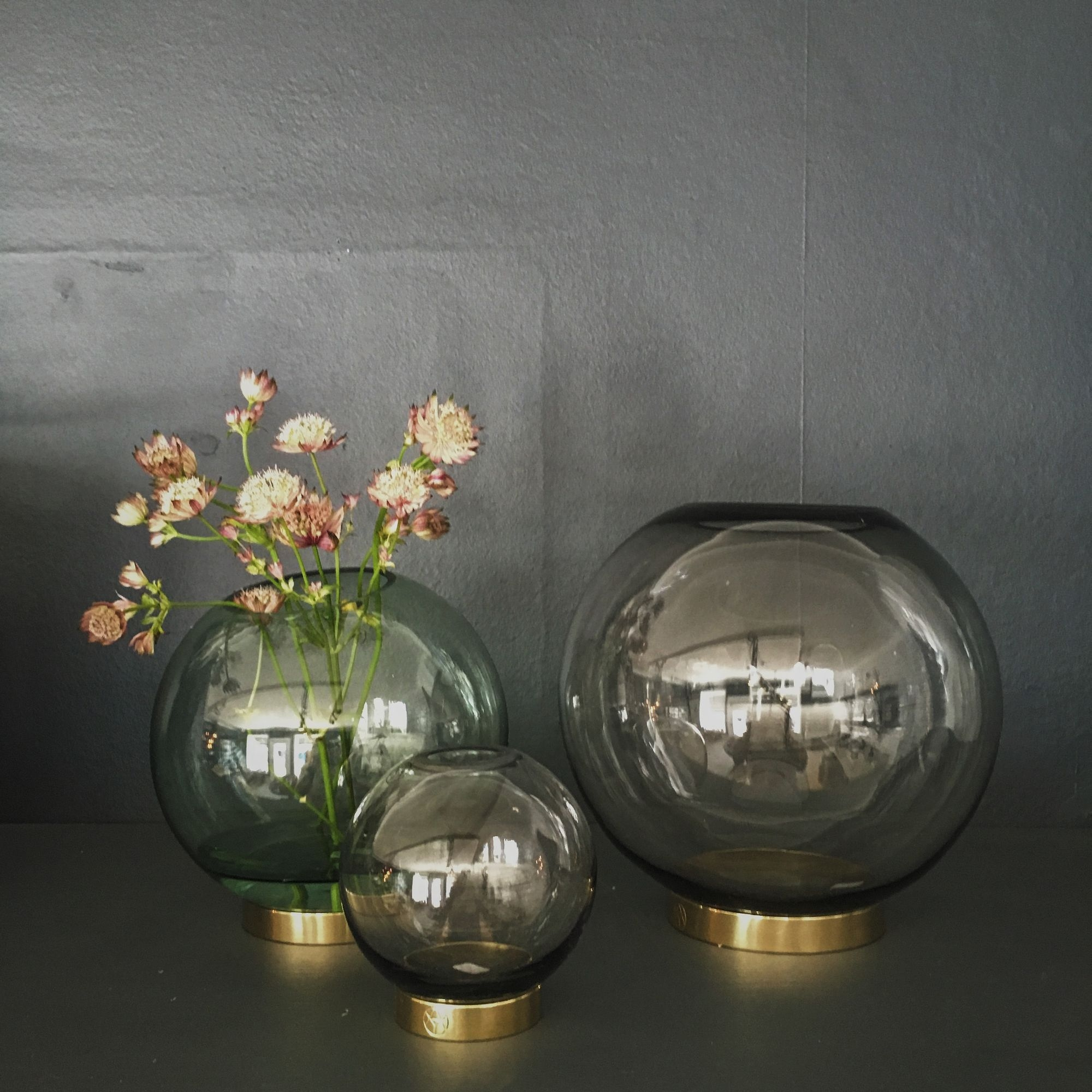 Vases Globe Small By Aytm