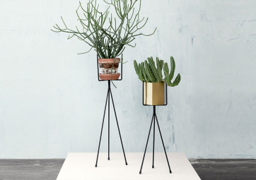 Pot HEXAGONE en laiton - FERM LIVING