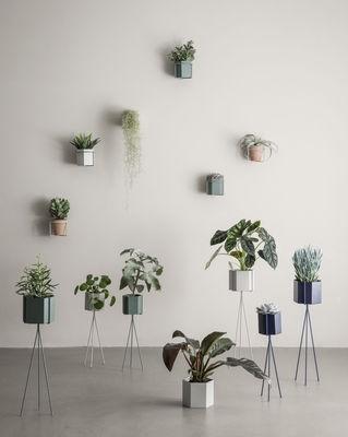 Support mural pour plantes - FERM LIVING