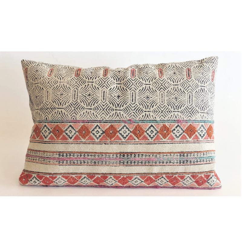 Pillow Lux Boheme - 40 x 60 cm - IO SCANDINAVIA