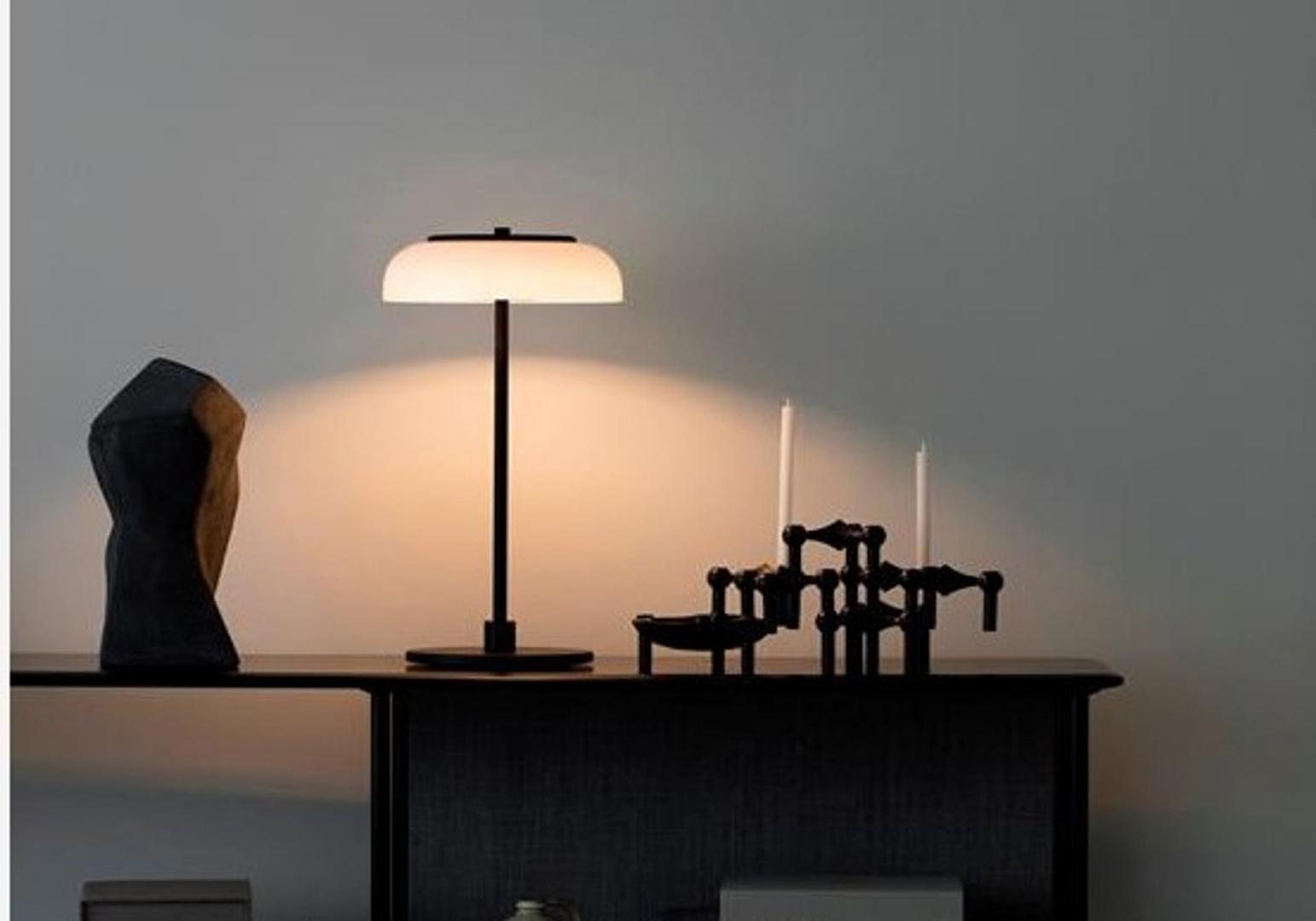 Blossi - Lampe à poser - NUURA