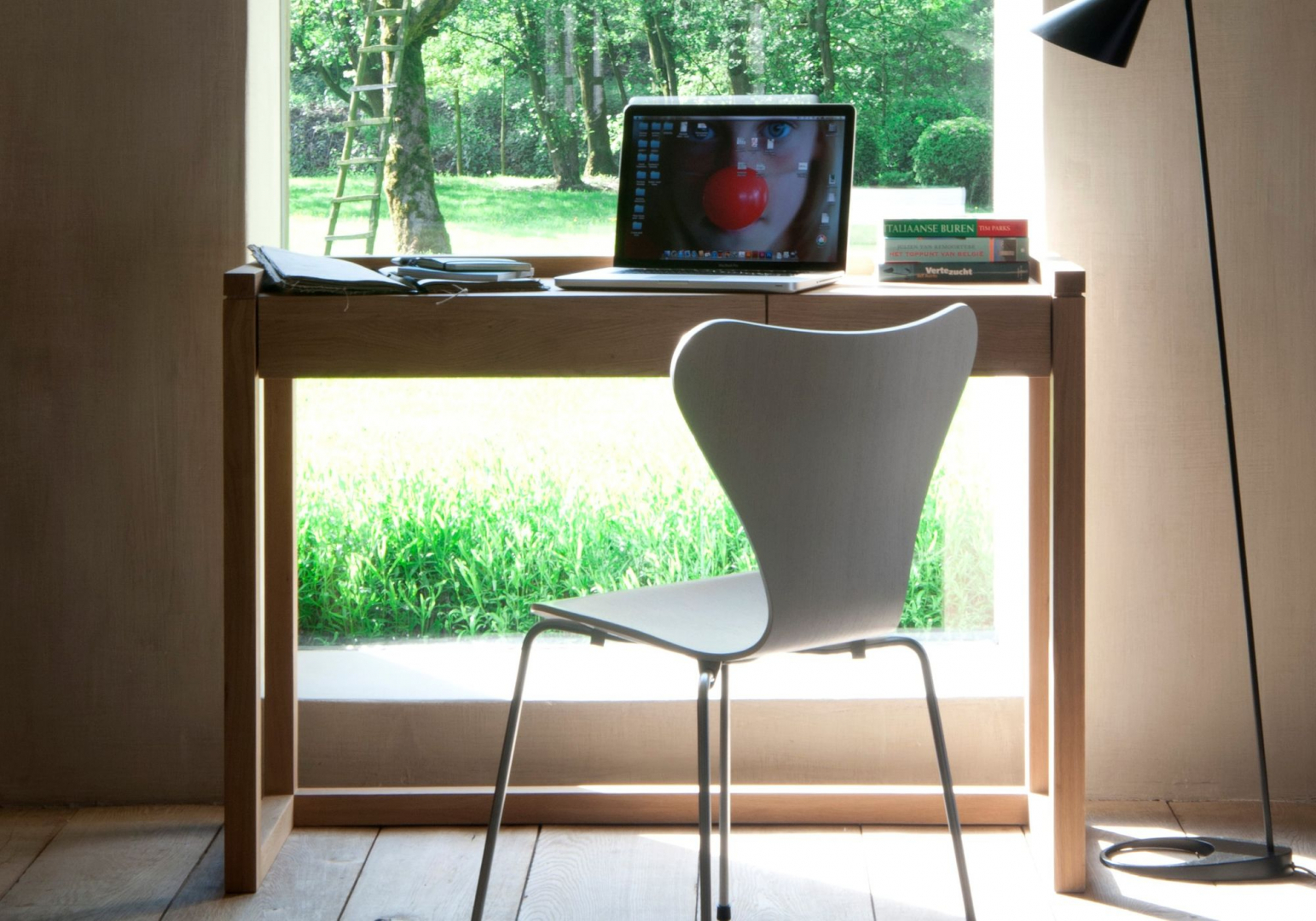 Console Frame design - ETHNICRAFT
