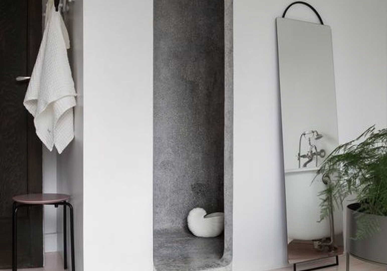 Adorn Miroir - Grand modèle - FERM LIVING