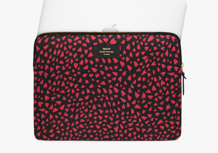 """HOUSSE MACBOOK 15"""" HEARTS - WOUF"""
