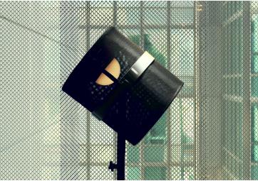 La Lampe Paris cadre charbon - MAIORI