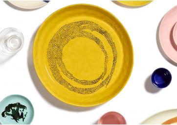 Assiette L sunny yellow dots noir Feast Ottolenghi - SERAX