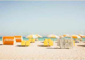 Miami Beach - Fauteuils jaunes 50x70 - DAVID&DAVID