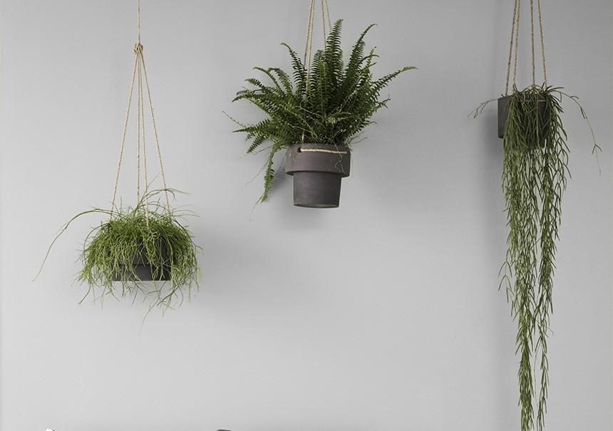 pots de fleurs suspendre by ferm living. Black Bedroom Furniture Sets. Home Design Ideas