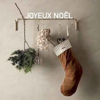 Toute l'équipe Good vous souhaite un joyeux Noël 🎄🎁—————————————————— Nice nice@good-designstore.com 0973199469 —————————————————— Marseille ⠀ marseille@good-designstore.com⠀ 01 82 83 11 64 —————————————————— ✌️ #cotedazurcard #lifestyle #gf_daily #tourismepaca #jaimelafrance #loves_france_ #bns_france #dontsnapshoot #ilovenice #guideinstanice #decoration #gooddesignstore #nicelifestylemag #niceshopping06 #marseilleshoppingcenter #commercedepriximite #protegetoncommerce #nice #marseille #photooftheday #deco