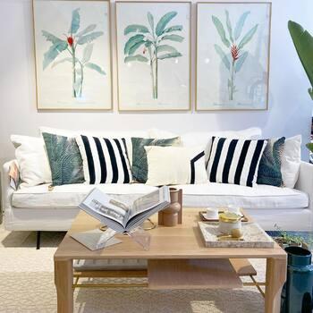 🤍🌴🖤 Du tropical et du noir et blanc ! On aime !—————————————————— Nice nice@good-designstore.com 0973199469 —————————————————— Marseille ⠀ marseille@good-designstore.com⠀ 01 82 83 11 64 —————————————————— ✌️ #cotedazurcard #lifestyle #gf_daily #tourismepaca #jaimelafrance #loves_france_ #bns_france #dontsnapshoot #ilovenice #guideinstanice #decoration #gooddesignstore #nicelifestylemag #niceshopping06 #marseilleshoppingcenter