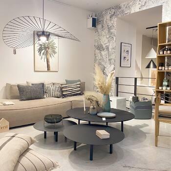 Les nouveaux coussins @ethnicraft sont arrivés dans vos @gooddesignstore ! 💙🤎 à découvrir d'urgence 🤎💙—————————————————— Nice nice@good-designstore.com 0973199469 —————————————————— Marseille ⠀ marseille@good-designstore.com⠀ 01 82 83 11 64 —————————————————— ✌️ #cotedazurcard #lifestyle #gf_daily #tourismepaca #jaimelafrance #loves_france_ #bns_france #dontsnapshoot #ilovenice #guideinstanice #decoration #gooddesignstore #nicelifestylemag #niceshopping06 #marseilleshoppingcenter